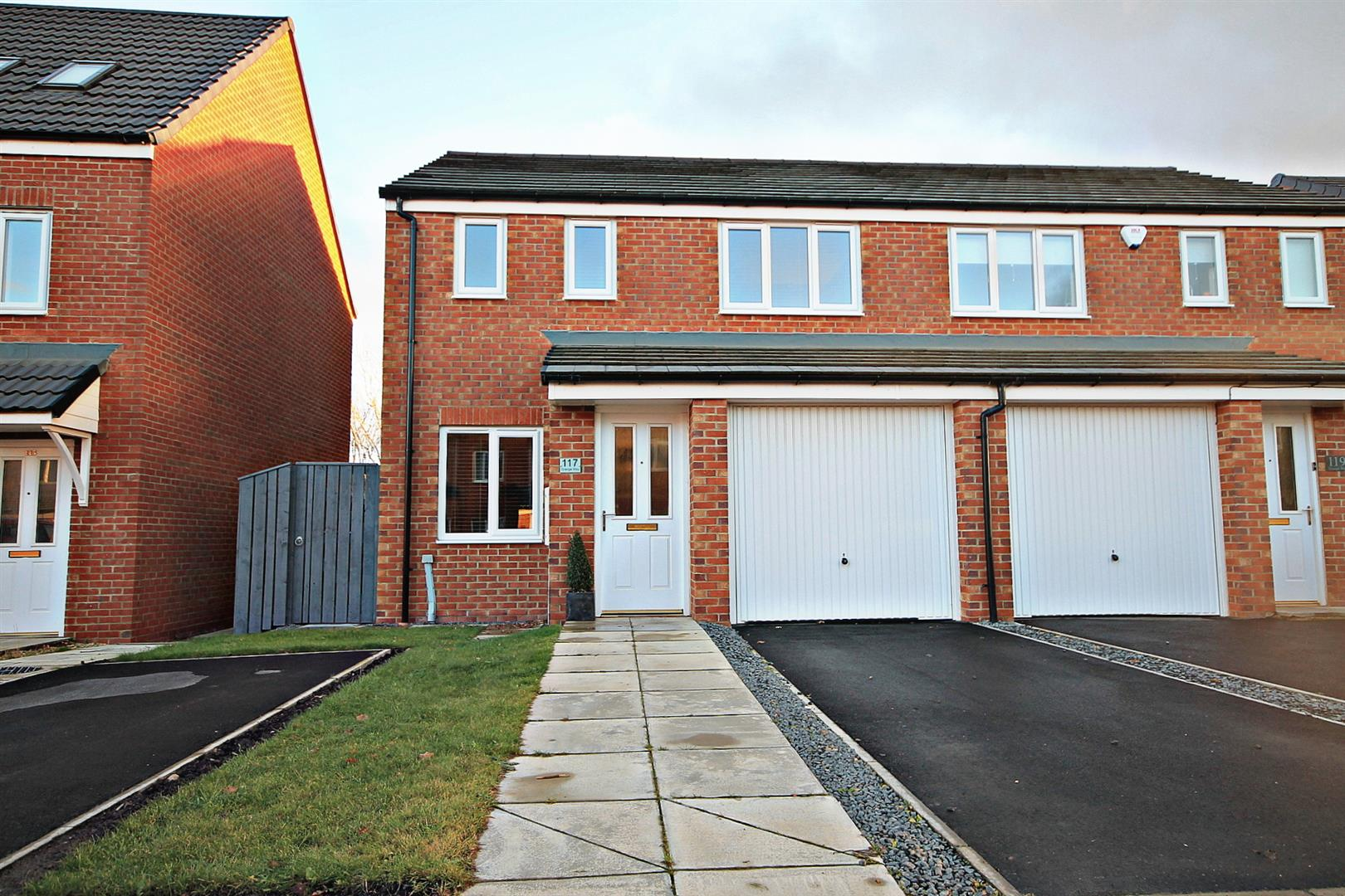 3 Bedrooms Semi Detached House for sale in Grange Way, Bowburn, Durham